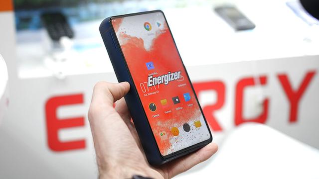 6 smartphone độc đáo, lạ đời nhất nửa đầu 2019 - 8