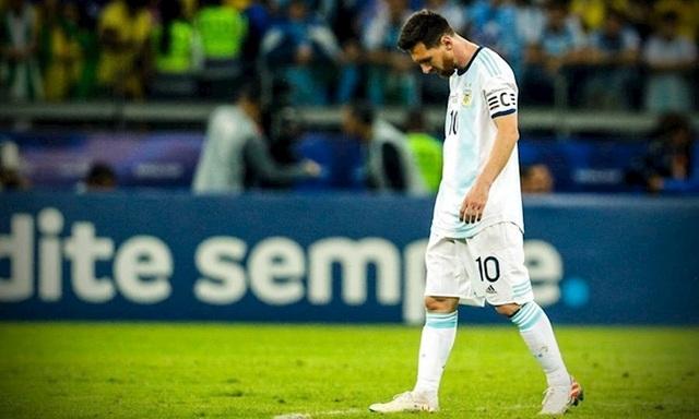 """Không """"đầu hàng"""", Messi tiếp tục gắn bó với đội tuyển Argentina - 1"""