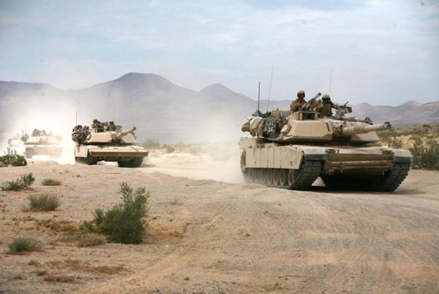 """Dàn vũ khí """"khủng"""" có thể xuất hiện trong lễ duyệt binh ngày Quốc khánh Mỹ - 2"""