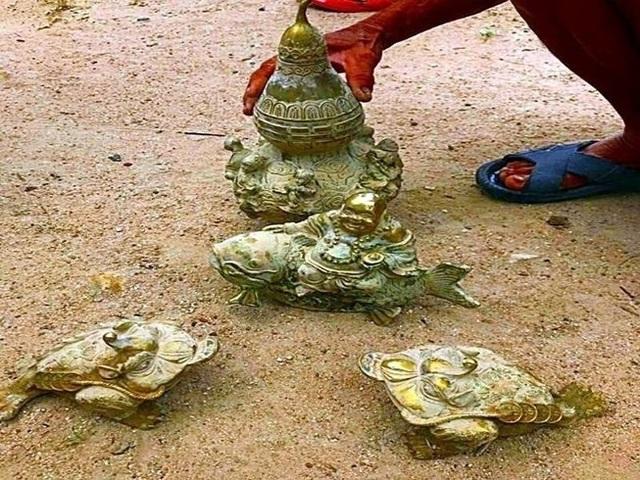 """""""Cổ vật"""" tìm thấy ở Núi Tàu chỉ là đồ giả cổ - 1"""