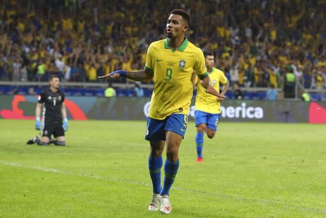Nhìn lại chiến thắng ngọt ngào của Brazil trước Argentina - 4