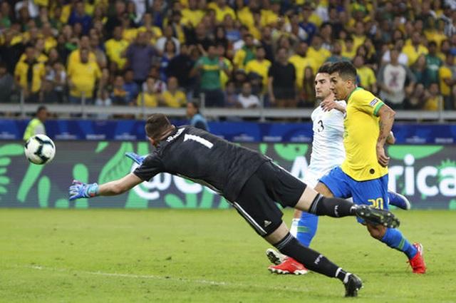 Nhìn lại chiến thắng ngọt ngào của Brazil trước Argentina - 11