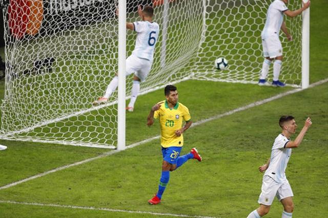 Nhìn lại chiến thắng ngọt ngào của Brazil trước Argentina - 12