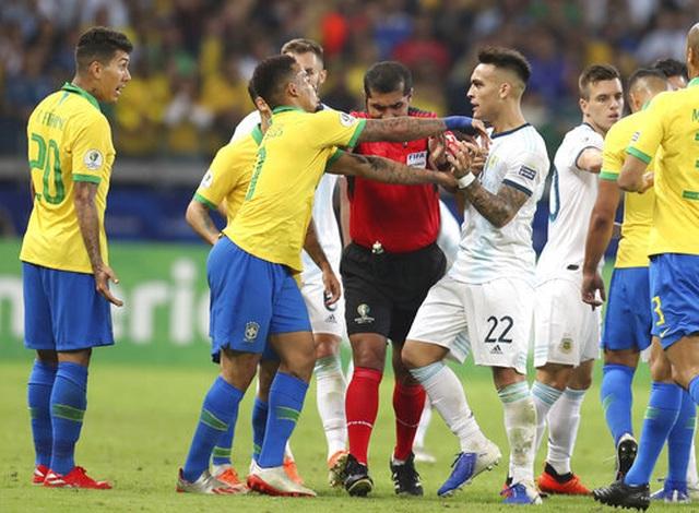 Nhìn lại chiến thắng ngọt ngào của Brazil trước Argentina - 13