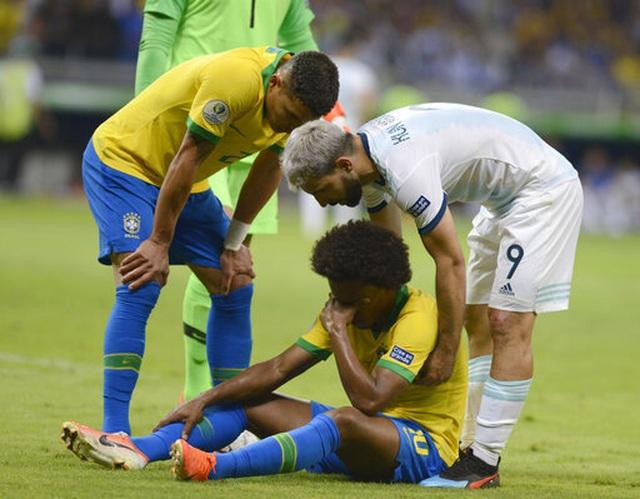 Nhìn lại chiến thắng ngọt ngào của Brazil trước Argentina - 15