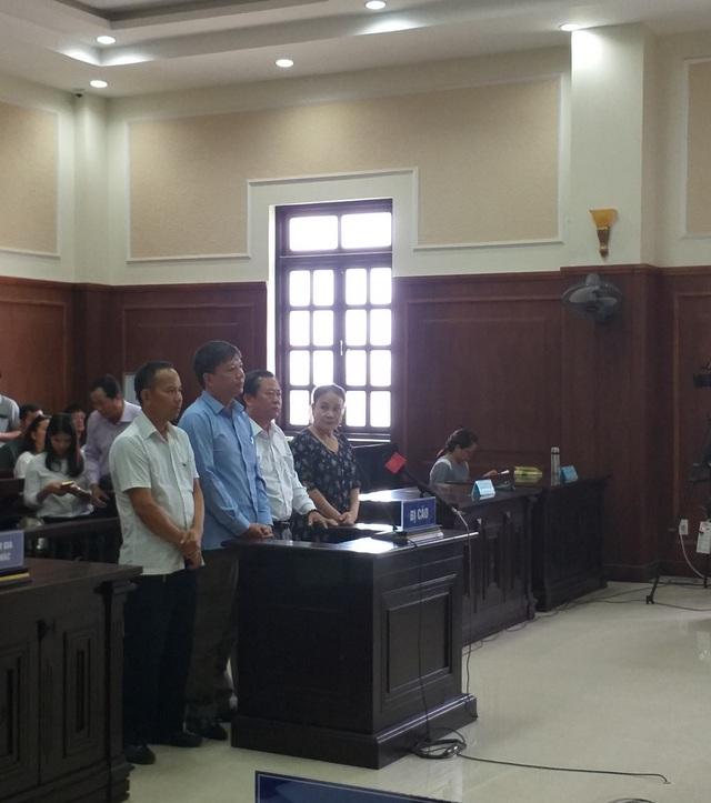 Vụ buôn lậu gỗ trị giá 63 tỷ đồng: Bị cáo kêu oan, VKS kháng nghị tăng hình phạt - 1