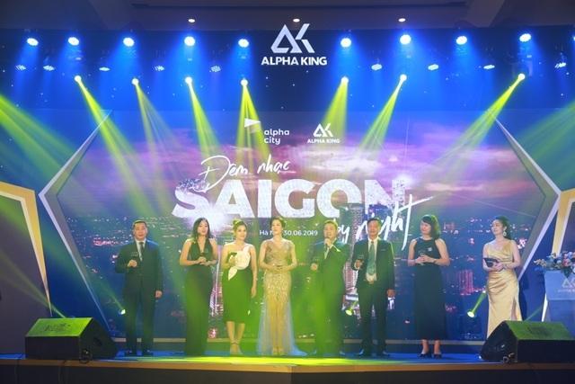 """""""Saigon by Night"""" - Đêm nhạc đẳng cấp dành tặng giới đầu tư Hà Nội - 6"""