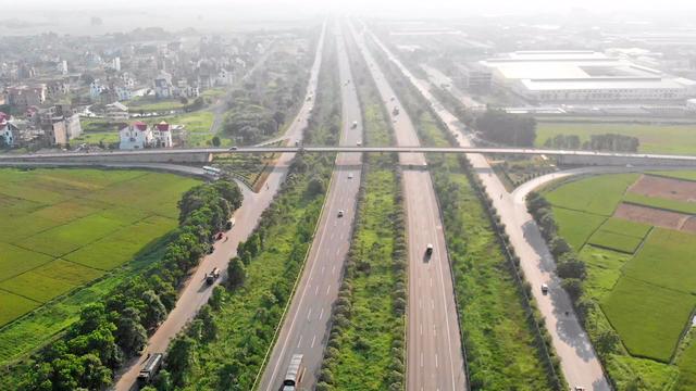Giải mã sức hút bất động sản phía Tây Hà Nội dọc Đại lộ Thăng Long - 1