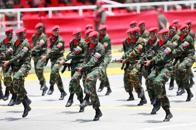 Mãn nhãn lễ duyệt binh của lực lượng quân sự các nước - 3