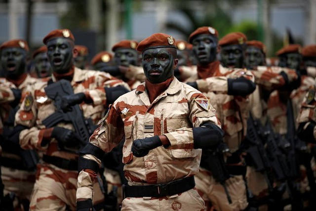 Mãn nhãn lễ duyệt binh của lực lượng quân sự các nước - 6