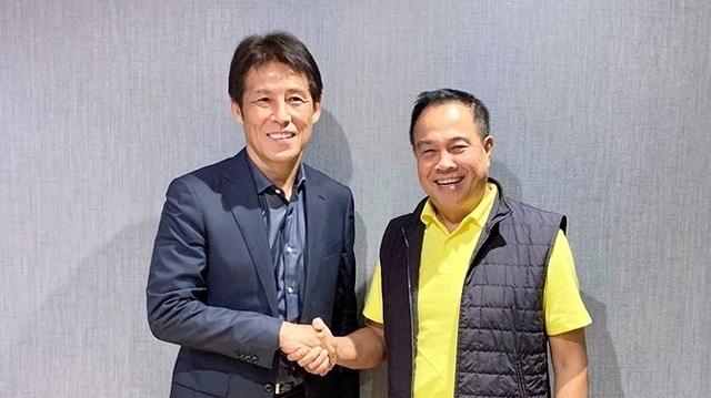 """Báo Hàn Quốc: """"HLV Nishino sẽ có cuộc đấu thú vị với thầy Park"""" - 1"""