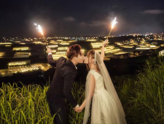 Ca sĩ Thu Thủy tung ảnh cưới, tiết lộ sẽ tái hôn vào tháng 7 - 11