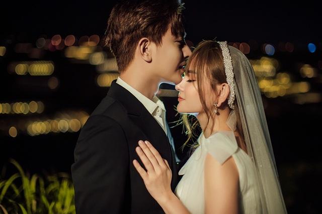 Ca sĩ Thu Thủy tung ảnh cưới, tiết lộ sẽ tái hôn vào tháng 7 - 10