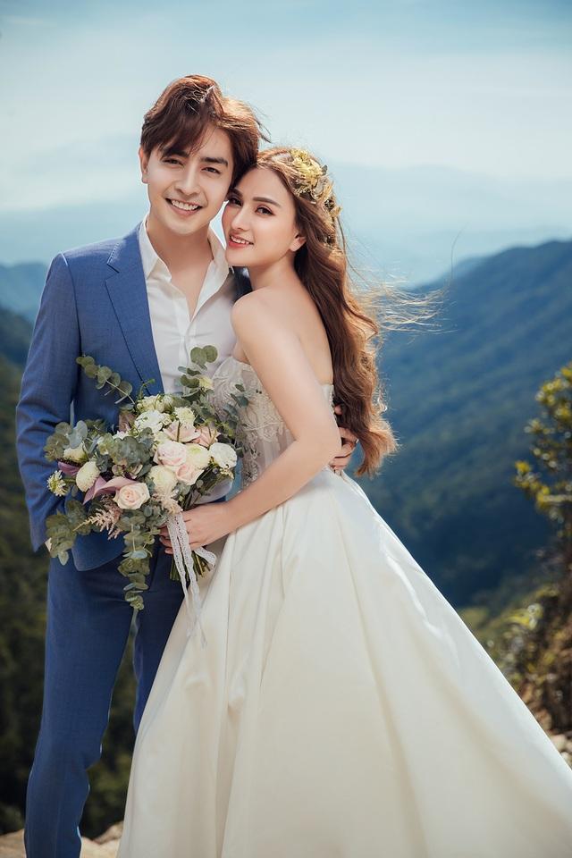 Ca sĩ Thu Thủy tung ảnh cưới, tiết lộ sẽ tái hôn vào tháng 7 - 2