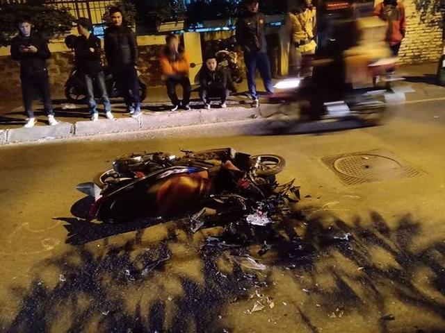 Hà Nội: Truy tìm tài xế xe CX5 đâm trọng thương cô gái rồi bỏ chạy - 1