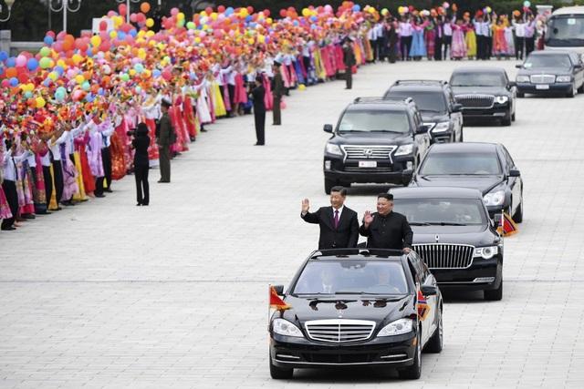 Hé lộ cách Triều Tiên lách lệnh trừng phạt để nhập lậu siêu xe - 1