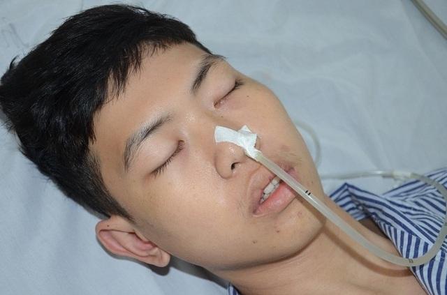 Xót xa cảnh người cha y sĩ quân đội kêu cứu cho con trai bị bệnh lao màng não - 3