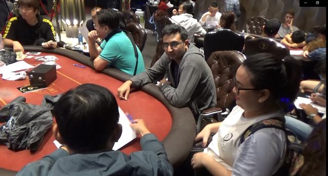 """Bắt nhóm """"đại gia"""" người nước ngoài nghi tổ chức đánh bạc - 2"""