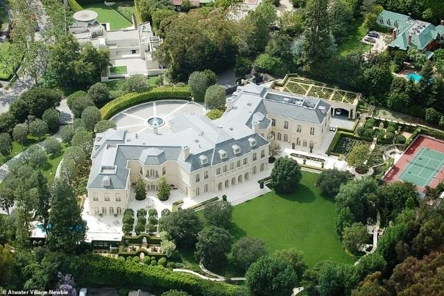Biệt thự khổng lồ ở Los Angeles với 123 phòng và hộp đêm vừa được bán với giá kỉ lục 95 triệu bảng - 1
