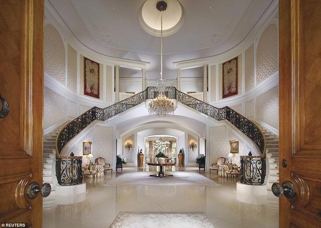 Biệt thự khổng lồ ở Los Angeles với 123 phòng và hộp đêm vừa được bán với giá kỉ lục 95 triệu bảng - 2