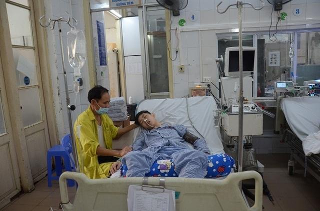 Xót xa cảnh người cha y sĩ quân đội kêu cứu cho con trai bị bệnh lao màng não - 9