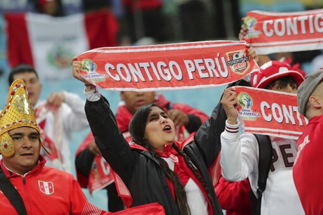 Thắng sốc Chile 3 bàn, Peru gặp Brazil ở chung kết Copa Americia - 9