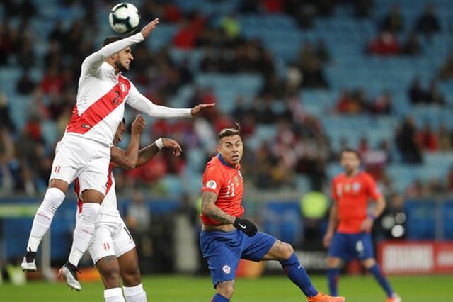 Thắng sốc Chile 3 bàn, Peru gặp Brazil ở chung kết Copa Americia - 8