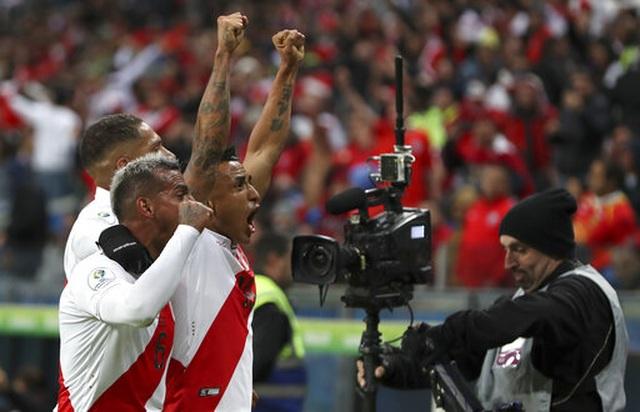Thắng sốc Chile 3 bàn, Peru gặp Brazil ở chung kết Copa Americia - 5