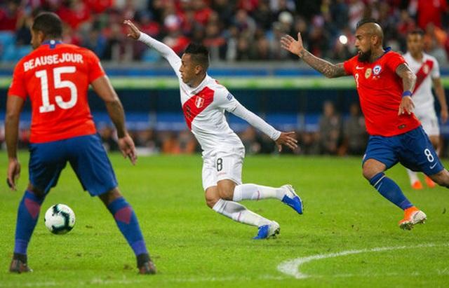 Thắng sốc Chile 3 bàn, Peru gặp Brazil ở chung kết Copa Americia - 3