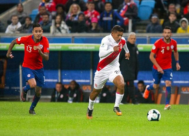 Thắng sốc Chile 3 bàn, Peru gặp Brazil ở chung kết Copa Americia - 2