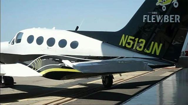 Chi 9 triệu đồng đã được ngồi máy bay riêng sang chảnh, thử cảm giác người giàu - 1
