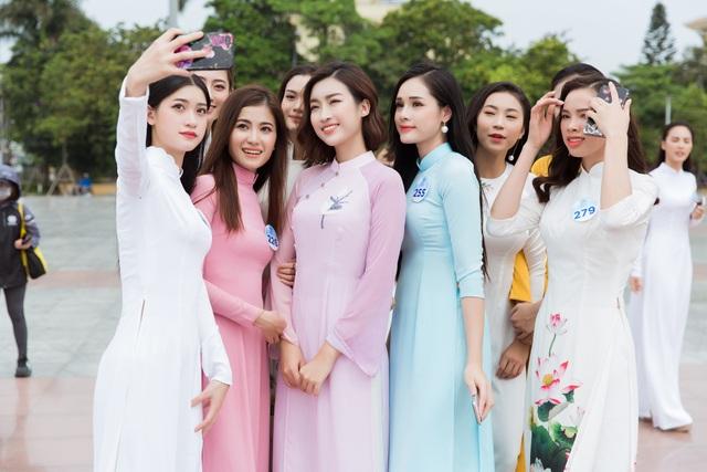 Hoa hậu Đỗ Mỹ Linh cùng dàn người đẹp Miss World Vietnam hội tụ ở xứ nhãn - 17