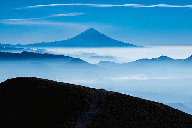 Những ngọn núi lửa cao nhất thế giới - 1