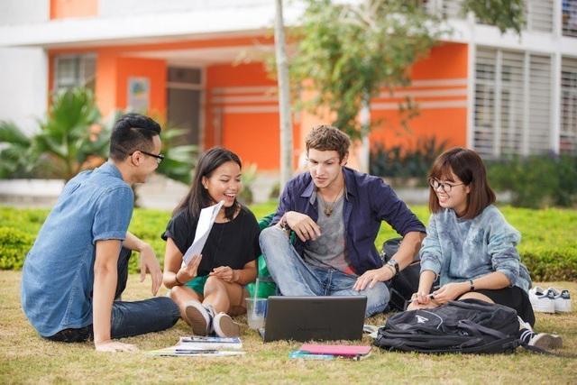 Trường Đại học cho sinh viên xuất ngoại thực tập - 2