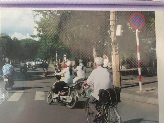 Cụ ông 89 tuổi gần 30 năm đạp xe đi viết thư thuê ở bưu điện Sài Gòn - 1