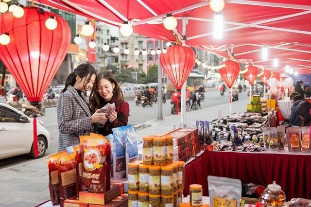 Hơn 800 thương hiệu khuyến mại đặc biệt trong mùa lễ hội Red Sale Carnival 2019 - 3