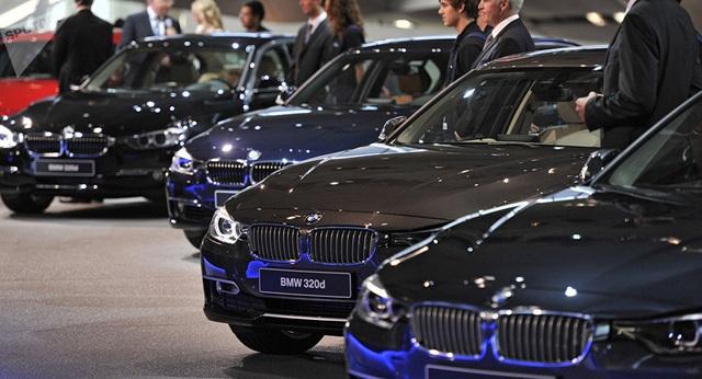 Thuế 0% ô tô giảm giá, dân Việt bỏ xe cỏ lên đời xe sang - 2