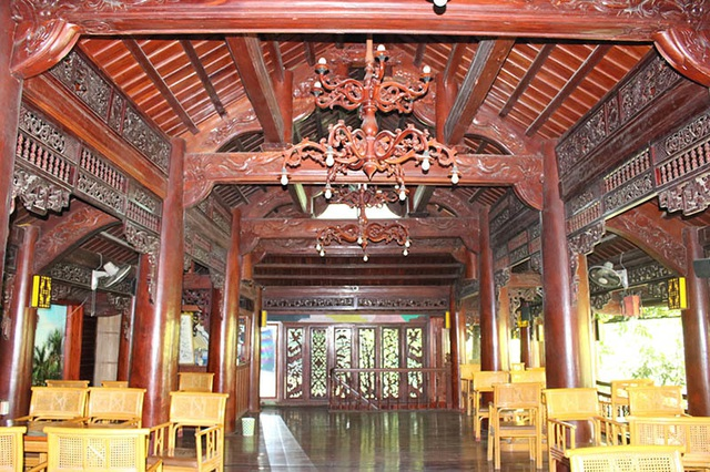 """Khám phá ngôi nhà gỗ 5 tầng """"độc nhất vô nhị"""" của lão gia ở Hà Tĩnh - 25"""