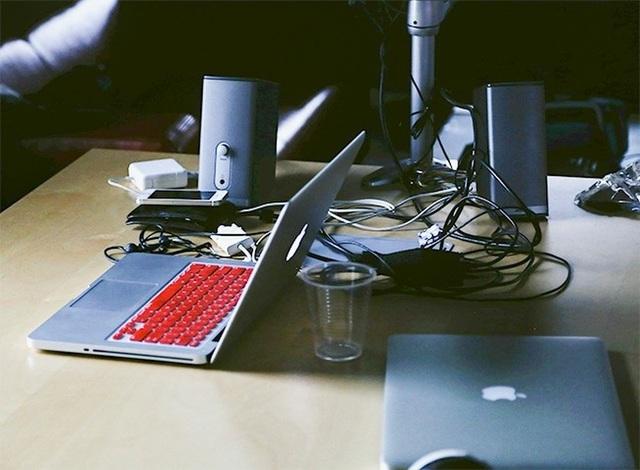 8 sai lầm thường mắc phải khi sử dụng laptop - 6