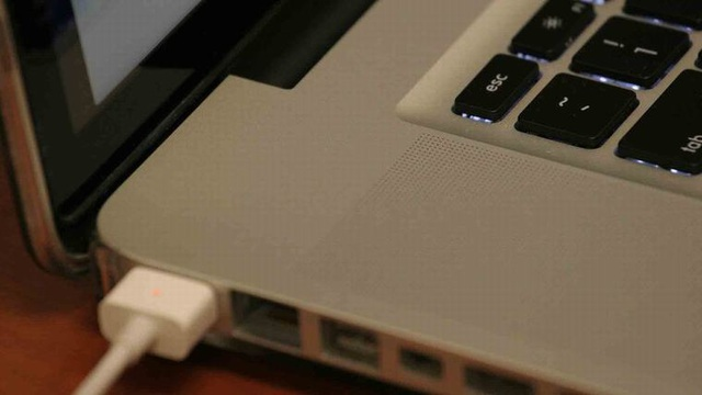 8 sai lầm thường mắc phải khi sử dụng laptop - 3