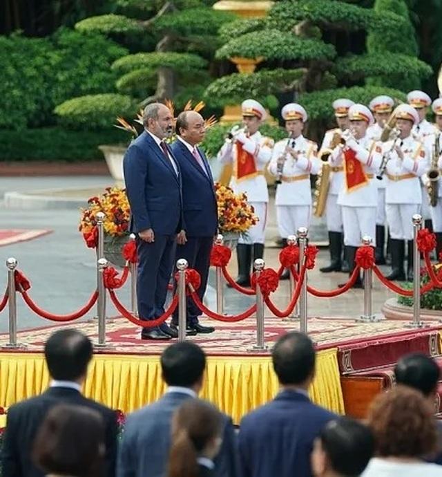 Thủ tướng Nguyễn Xuân Phúc đón người đồng cấp Armenia thăm chính thức Việt Nam - 3