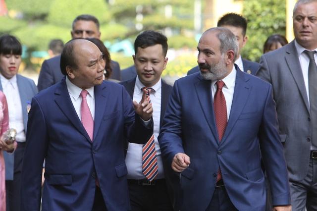 Thủ tướng Nguyễn Xuân Phúc đón người đồng cấp Armenia thăm chính thức Việt Nam - 7