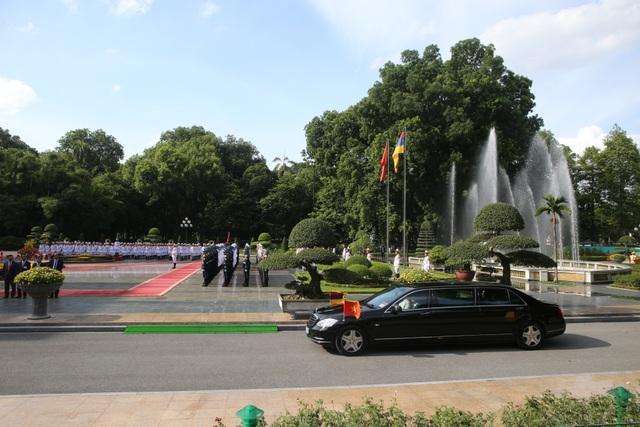Thủ tướng Nguyễn Xuân Phúc đón người đồng cấp Armenia thăm chính thức Việt Nam - 2