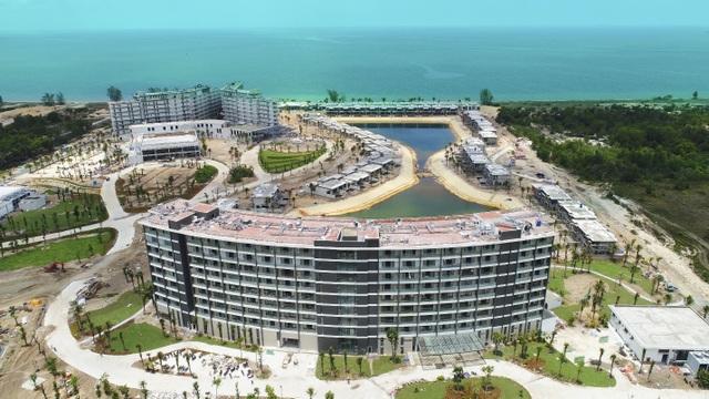 """Mua """"1 sở hữu 2"""" condotel dự án Movenpick Resort Waverly Phú Quốc - 2"""