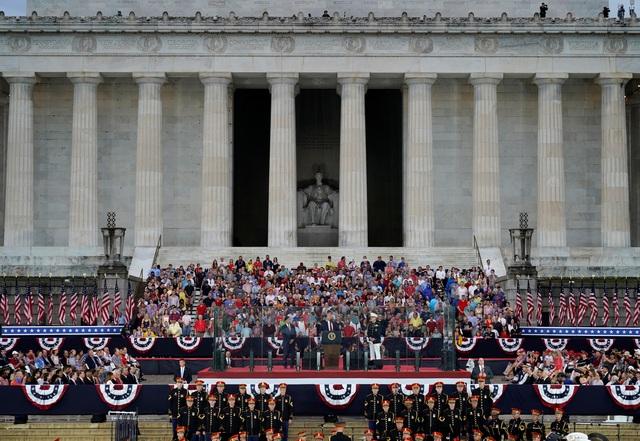 Dàn máy bay quân sự phô diễn sức mạnh kỷ niệm Quốc khánh Mỹ - 4
