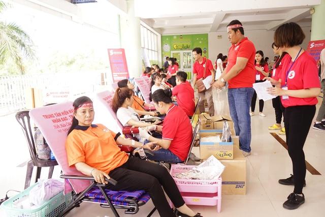 Người Sài Gòn hiến hơn 1.500 đơn vị máu - 1