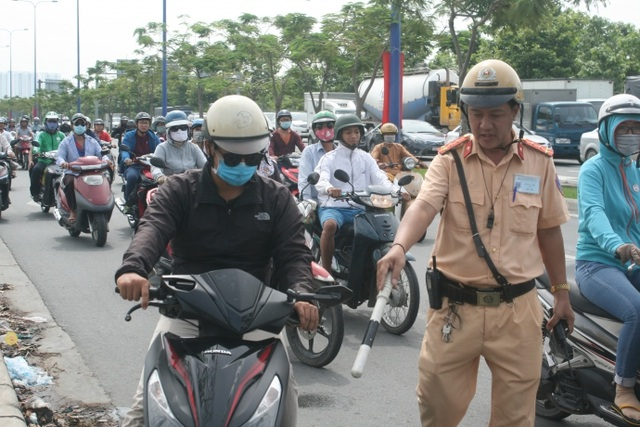 3 days of total inspection of vehicles: a fine of about 1,000 million VND, motorcycles that violate the engines - 6