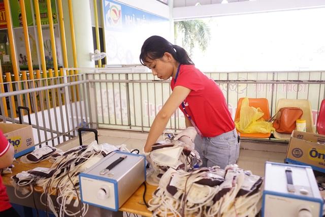 Người Sài Gòn hiến hơn 1.500 đơn vị máu - 2