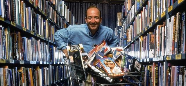Amazon 25 năm qua: Từ cửa hàng sách nhỏ thành gã khổng lồ công nghệ - 1