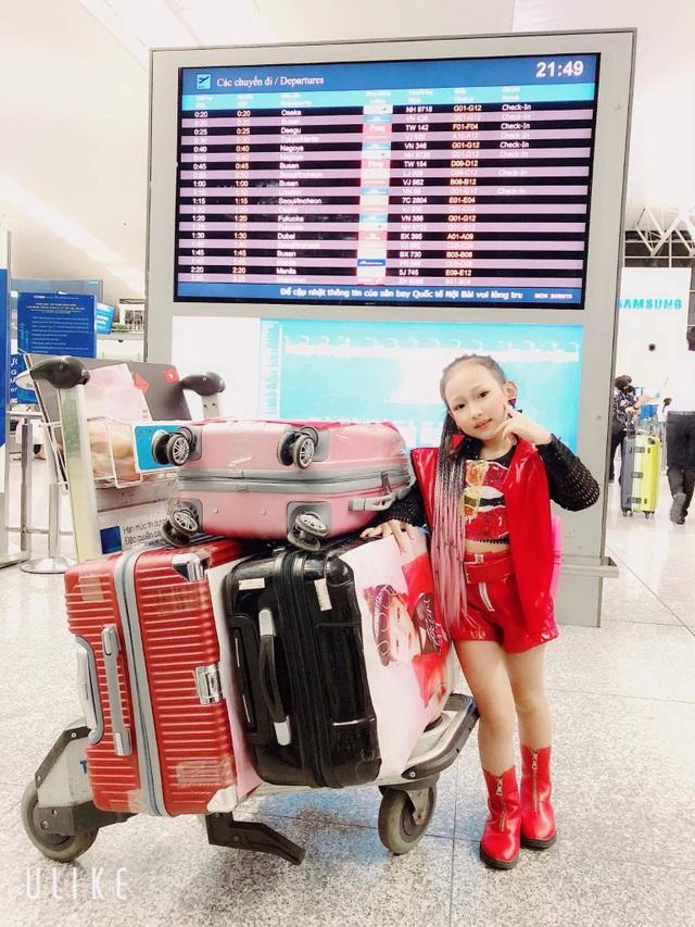 Chân dung mẫu nhí gốc Việt tự tin sải bước trên sàn diễn Dubai - 7